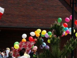 pudło z balonami slask
