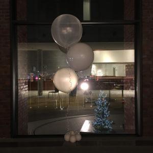 stroik-helowy-z-dużych-balonów