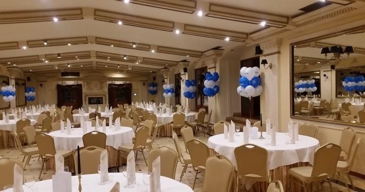 dekoracja z balonów w hotelu