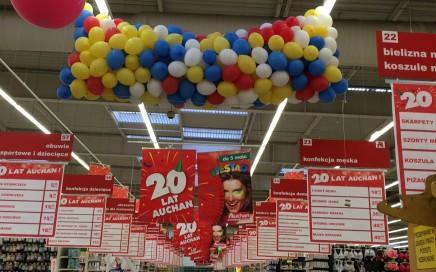 grad balonów - siatka z balonami