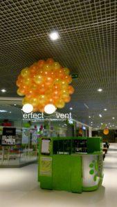 dekoracja balonowa centrum handlowego