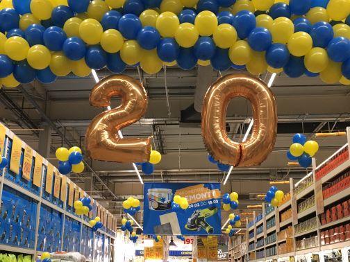 cyfra z balonów 20 urodziny Castorama Częstochowa