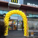 brama z balonów w Poznaniu dla Mc Donalds