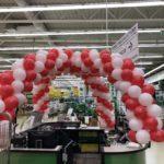 dekoracja balonami punktu informacyjnego