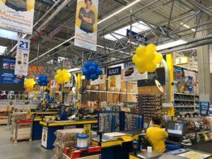 kule balonowe - dekoracja balonowa lini kas - dekoracja balonowa sklepu