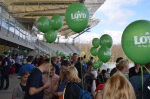 balony z helem podczas łódzkiego maratonu