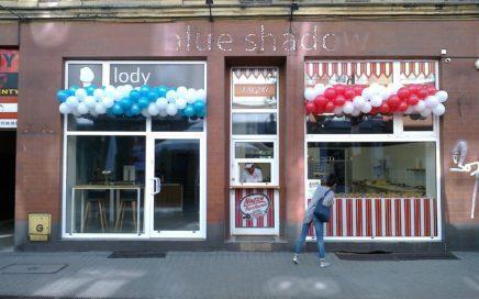 dekoracja balonowa - girlandy balonowe na otwarcie lodziarni w Chorzowie