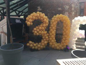 dekoracja balonowa na 30 urodziny