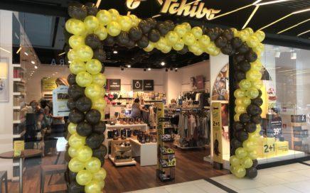 brama balonowa z okazji dnia kawy w tchibo