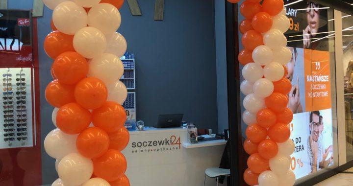 dekoracja balonowa na otwarcie salonu optycznego Soczewki24 w Galeria Katowicka