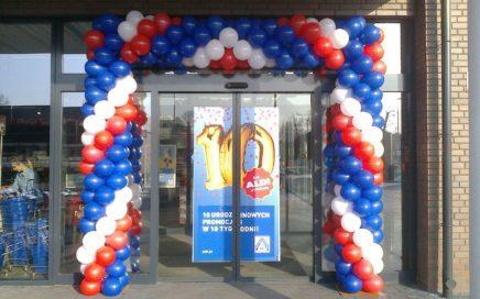 brama-balonowa-jako-dekoracja-na-otwarcie-po-remoncie-w-Aldi-Dabrowa-Gornicza