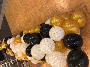 siatka-z-balonami-gotowa-do-montażu