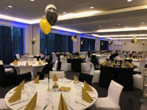 stroiki-z-balonów-na-stoły-bukiety-balonowe-dekoracja-na-stoły