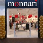 dekoracja-balonowa-przed-wejsciem-do-sklepu-monnari-mysłowice-quick-park