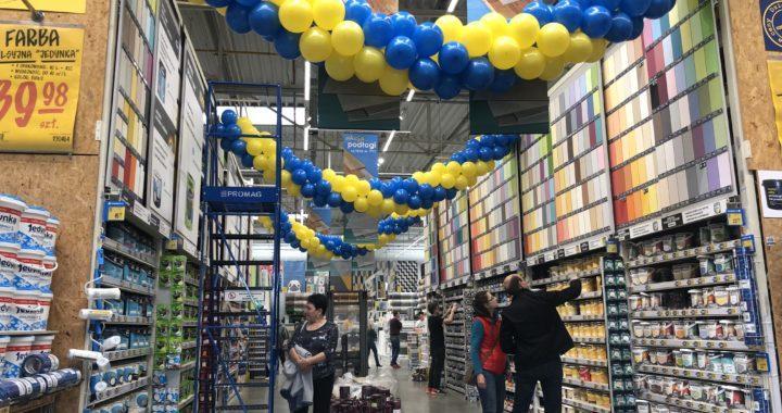 girlandy-balonowe-balonowe-dekoracje-jako-dekoracja-marketu-budowalnego
