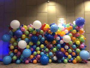 ściana-balonowa-organiczna-ściana-z-balonów