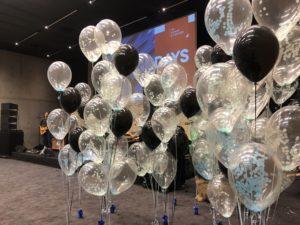 balony-z-helem-na-gale-impreze-targową