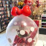 kwiaty-w-balonie-prezent-w-balonie