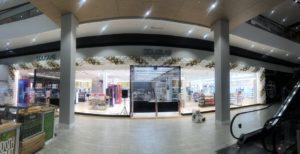 bardzo-duza-brama-balonowa-w-galerii-z-okazji-zmiany-konceptu-sklepu