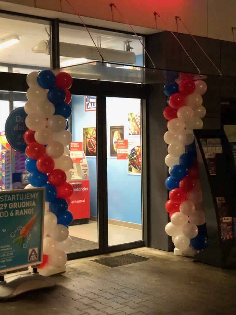 Bramy balonowe na otwarcie Aldi w Gdańsku
