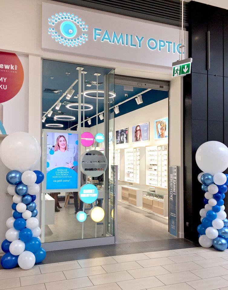 Kolumny z balonów na otwarcie salonu optycznego Family Optic w Czeladzi