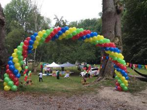 brama balonowa kraków - zamek korzkiew - dekoracja balonowa pikniku firmowego