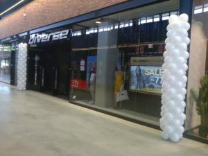 Diverse-kolumny-na-otwarcie-dekoracja-na-otwarcie-sklepu