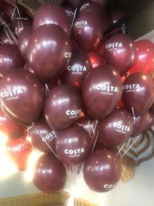 balony-z-helem-w-Warszawie-na-otwarcie-kawiarni