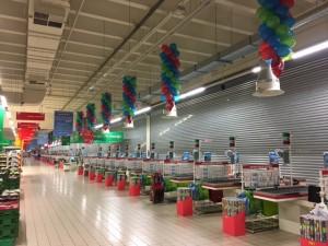 dekoracja balonowa lini kas Auchan
